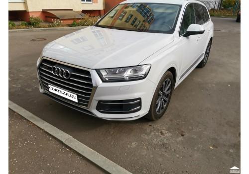 Audi Q7 (Белый)