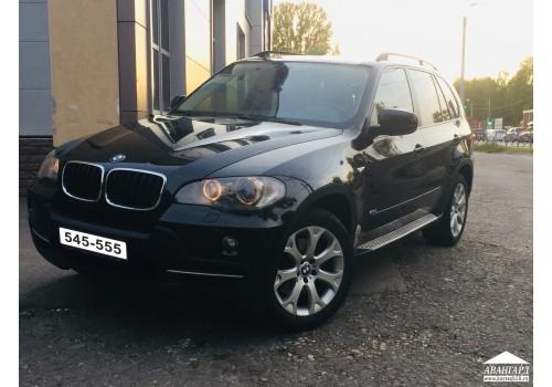 BMW X5 черный с панорамной крышей