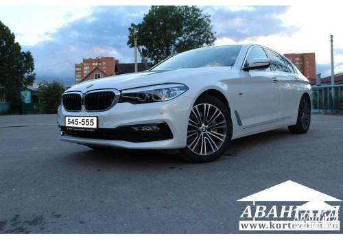 BMW 535 (белый) 2018г
