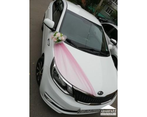 Фатин розовый, цветок в угол капота розовый
